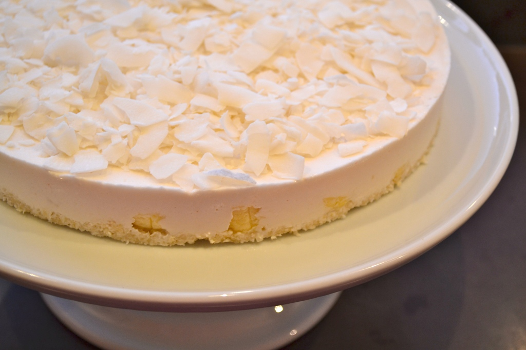 Raw Banana Coconut Cream Pie (Vegan) | elephant journal